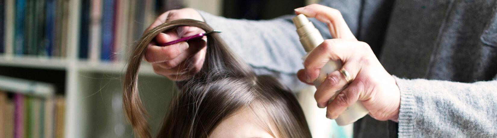 Спрей для волос: зачем нужен и как им пользоваться